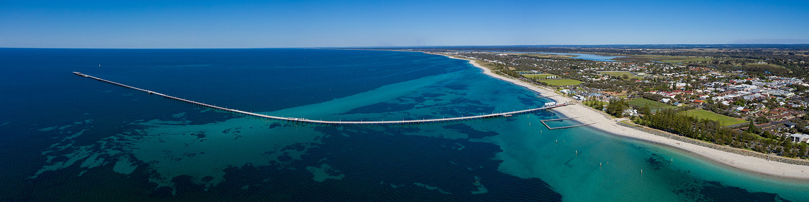 my-boating-life-Panoramic-aerial-view-of-Busselton-pier,-the-worlds-longest-wooden-structure;-Busselton-is-220km-south-west-of-Perth-in-Western-Australia